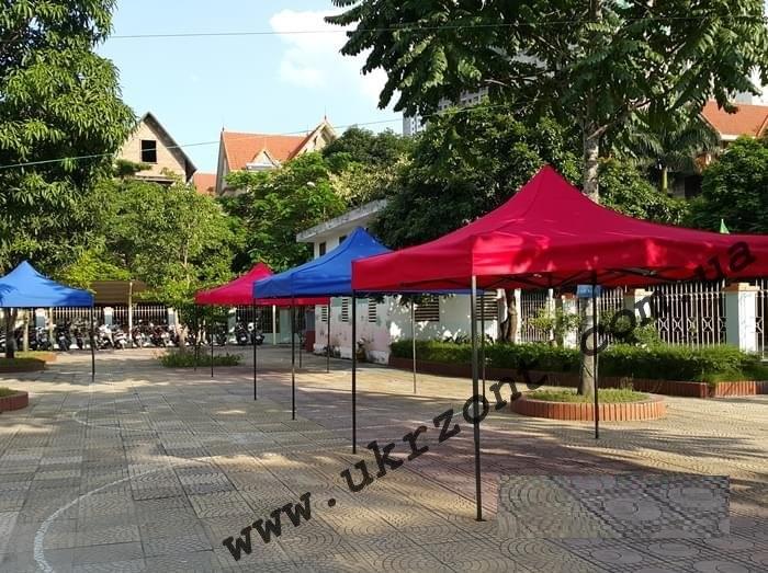 шатры на рынке